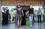 Οι Βρετανοί φτάνουν στη Ζάκυνθο - Πώς το εμβόλιο δείχνει να σώζει τον τουρισμό του νησιού