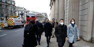 Βρετανία - Αντιμετωπίζει κίνδυνο παράλυσης αν τεθούν εκτός εργασίας 1,6 εκατομμύρια πολίτες