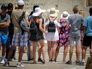 Τουρισμός: Ποιες χώρες στέλνουν τους περισσότερους τουρίστες στην Ελλάδα