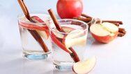 Νερό με κανέλλα - Για καλοκαιρινή αποτοξίνωση