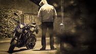 Πάτρα: Τον 'τσάκωσαν' επ' αυτοφώρω την ώρα που αφαιρούσε μοτοσικλέτα