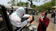 Ινδία - Κορωνοϊός: 447 θάνατοι και πάνω από 35.000 κρούσματα σε 24 ώρες