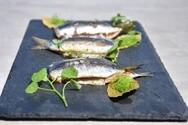 Η κατανάλωση ψαριού σε εβδομαδιαία βάση ενισχύει τον εγκέφαλο