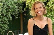 Βίκυ Καγιά: To τρυφερό φιλί στον Ηλία Κρασσά