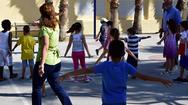Μακρή: Ρισκάρουν οι γονείς που δεν εμβολιάζουν τα παιδιά τους
