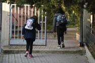 Σχολεία - Κορωνοϊός: Έρχεται λίφτινγκ στα υγειονομικά πρωτόκολλα υπό το φόβο έξαρσης κρουσμάτων; - Έκλεισαν τα πρώτα τμήματα