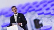 Άλμπερτ Μπουρλά: Ο κορωνοϊός τελειώνει το 2022 - Θα υπάρξουν νέες μεταλλάξεις