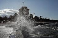 Θεσσαλονίκη - Κορωνοϊός: Ανησυχία για την αύξηση των κρουσμάτων - Μια ανάσα πριν το «μίνι lockdown»