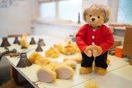 Άνγκελα Μέρκελ: Ξεπούλησαν τα λούτρινα αρκουδάκια της
