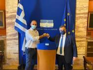 Ο υποψήφιος πρόεδρος ΔΕΕΠ Αχαΐας Νίκος Κατσουγκράκης συναντήθηκε με τον Βασίλη Σπανάκη