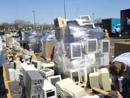 Τα ηλεκτρονικά σκουπίδια του 2021 ζυγίζουν περισσότερο από το Σινικό Τείχος
