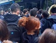 Πάτρα: Οργή από το Πανεπιστήμιο για το στρίμωγμα των φοιτητών στα λεωφορεία