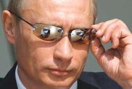Ο Πούτιν βάζει τέλος στον μύθο του Τσακ Νόρις