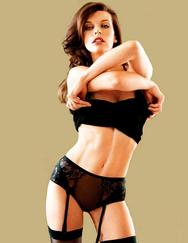 Η σέξυ Milla Jovovich αναστατώνει (pics & video)