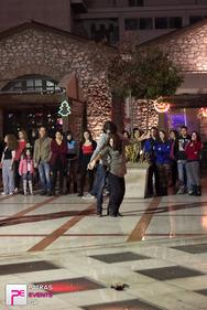 Flash-mob στην Veso από τις πολιτιστικές ομάδες του Παν/μίου Πατρών!