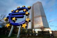 Economist: Η Ελλάδα σταθεροποιείται, αλλά ανεβαίνουν νεοσταλινικοί και νεοναζιστές
