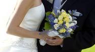 Πάτρα: Νιόπαντρο ζευγάρι έκανε ταξίδι του μέλιτος στην παρέλαση του Πατρινού Καρναβαλιού!