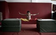 Δείτε τι κάνει ο απίστευτος 7χρονος πιτσιρικάς (video)
