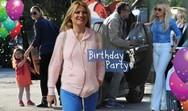 Φαίη Σκορδά - Γιώργος Λιάγκας: Το πάρτυ γενεθλίων που έκαναν στον Γιάννη! (pics)