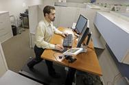 Το γραφείο όπου δεν κάθεσαι... αλλά τρέχεις (video)
