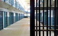 Πάτρα: Στο κέντρο κράτησης Βόλου η σπείρα των ανηλίκων που είχαν 'ρημάξει' δεκάδες σπίτια
