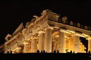 CNN: Η μοναδική Ακρόπολη και η... άγρια Αθήνα
