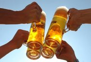 Μπύρα σε απίστευτες περιπέτειες (video)