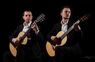 """Πάτρα: """"Μουσική για 2 κιθάρες"""" από τους Ανδρόνικο Καραμπέρη και Χρήστο Τσαρούχη"""
