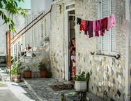 Εκεί, στα Προσφυγικά και στα Γύφτικα στην Πάτρα οι άνθρωποι ζουν αλλιώτικα! (pics)