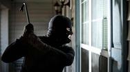 Ηλεία: 15χρονος πλησίασε γιαγιά και ξεκίνησε να τη χτυπάει με το ρόπαλο!