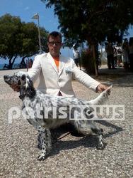Ηλεία: «Πλημμύρισε» με τα πιο όμορφα κυνηγόσκυλα η πλατεία της Κουρούτας (pics)