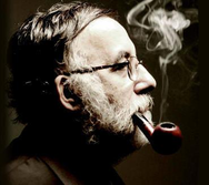 Θάνος Μικρούτσικος: «Το τραγούδι, δεν αλλάζει τον κόσμο. Τον κόσμο τον αλλάζουν οι άνθρωποι»