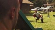 Επική μάχη μπαμπάδων σε μια ταινία μικρού μήκους - Απολαύστε! (video)