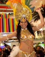 Θα γίνω Βραζιλιάνα... στο Mango Club Kourouta!