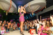 Διασκέδαση στο 'κόκκινο'  στην παραλία Κουρούτας με Έλλη Κοκκίνου live! (pics)