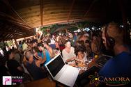 Αφού κερδίσαμε την προσοχή σας, δείτε τι έγινε στο greek party του Camora!