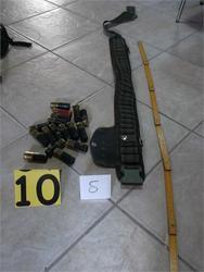 Αγρίνιο: Χειροπέδες σε αστυνομικό για όπλα στα γραφεία της Χρυσής Αυγής - Δείτε φωτογραφίες