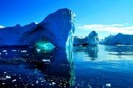Δείτε τι υπάρχει κάτω από τα παγόβουνα! (pic)