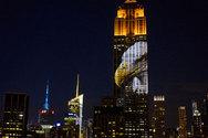 Εικόνες απειλούμενων ζώων στόλισαν το Empire State Building! (pics)