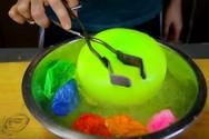 Τι θα συμβεί αν προσπαθήσετε να παγώσετε μπαλόνια; (video)