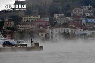 Στο Ναύπλιο η θάλασσα άρχισε να βράζει (video)