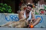 Ο Γιώργος Μαυρίδης θα κάνει guest εμφάνιση σε τηλεοπτική σειρά (pic)