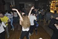 Μια ακόμα Πέμπτη μας βρήκε να χορεύουμε σε... latin ρυθμούς! (pics)