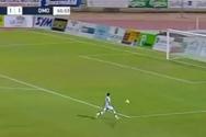 Ποδοσφαιριστής βρέθηκε μόνος με το τέρμα, αλλά δεν σκόραρε (video)