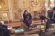 O σκύλος του Μακρόν κέρδισε τα φλας των φωτογράφων μέσα στο Προεδρικό