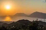 Απολαύστε το ηλιοβασίλεμα από το Άνω Καστρίτσι! (video)