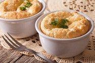Ετοιμάστε σουφλέ με τυρί και ζαμπόν