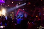 Απολαυστικές νύχτες στο Φάμπρικα, με ζωντανή μουσική! (φωτο)