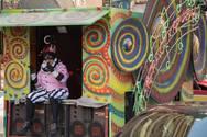 Ο τελάλης του Πατρινού Καρναβαλιού είχε την δική του πλάκα και άρεσε αρκετά (pics)