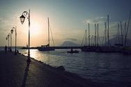 Μαρίνα Πάτρας - Πολυτελή σκάφη, βάρκες και ένα από τα ωραιότερα σημεία της πόλης (video)